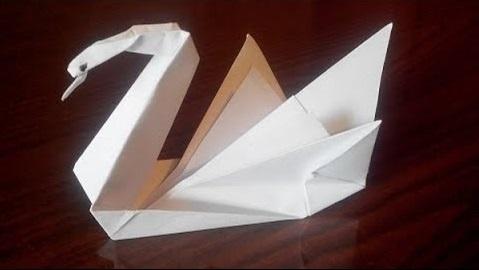 Лебедь-оригами-origami-swan