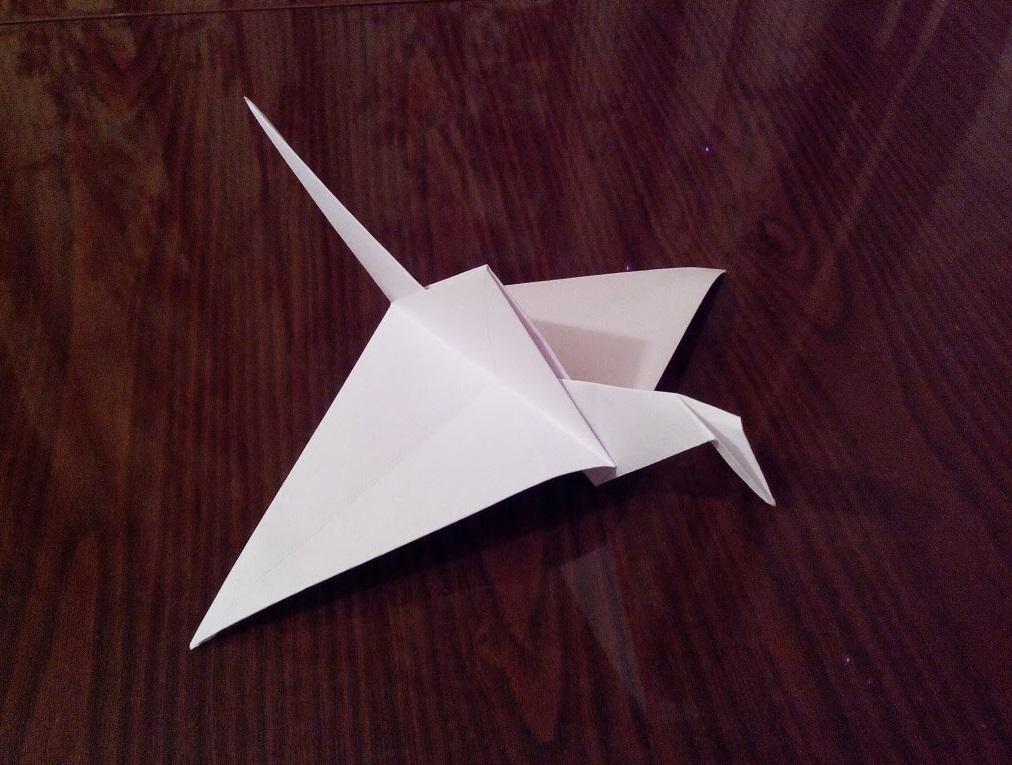Летающий журавлик оригами