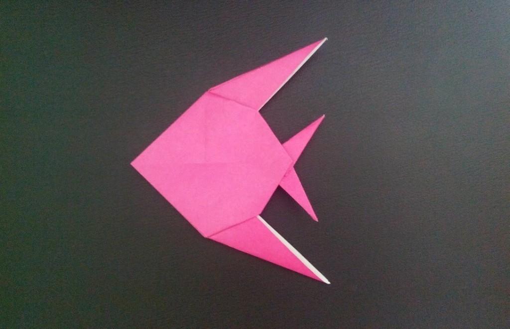 Оригами рыба скалярия