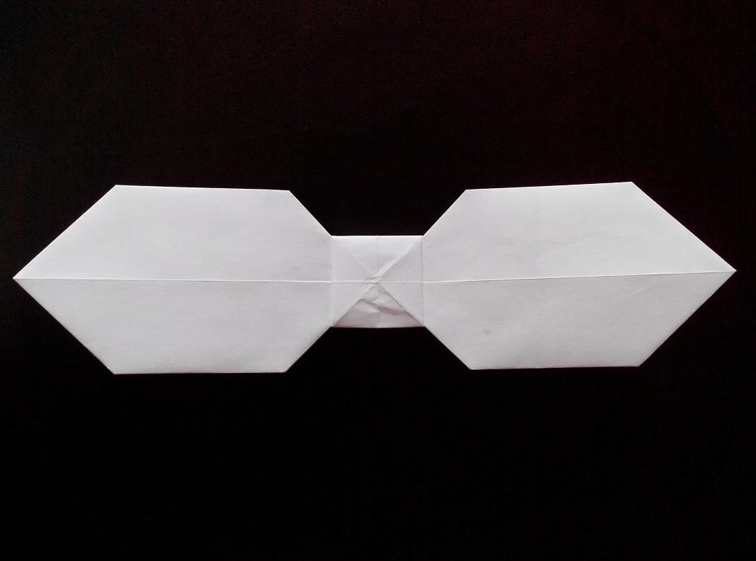 Бабочка галстук оригами