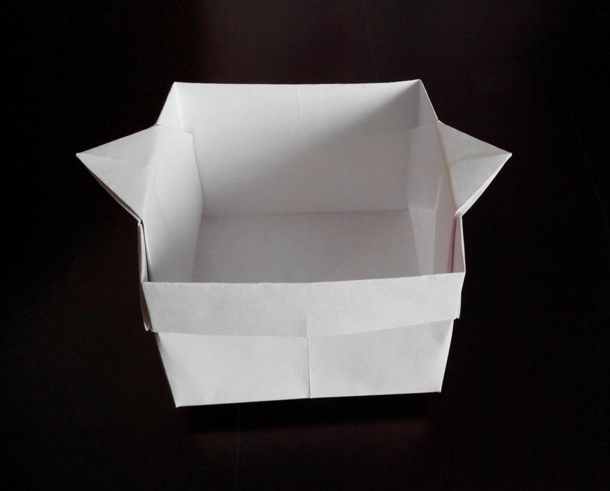 Коробочка с ручками оригами