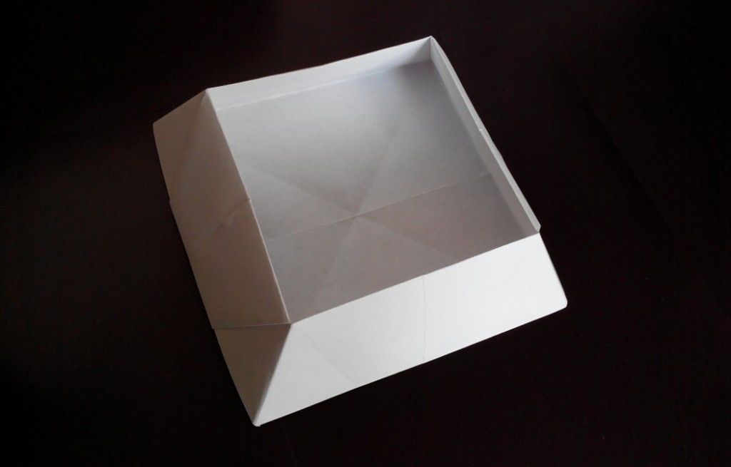Коробочка с зауженным верхом оригами