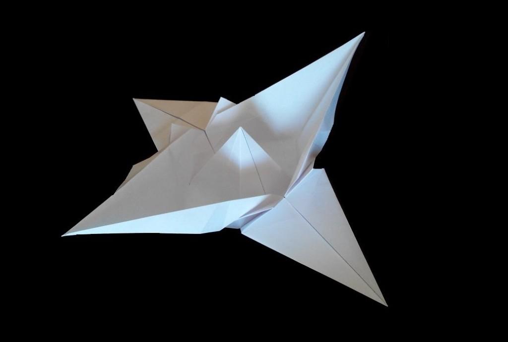 Летучий корабль оригами