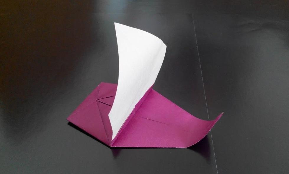 Лодочка с парусом оригами