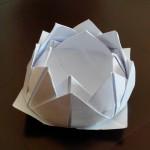 Лотос оригами с 16 лепестками