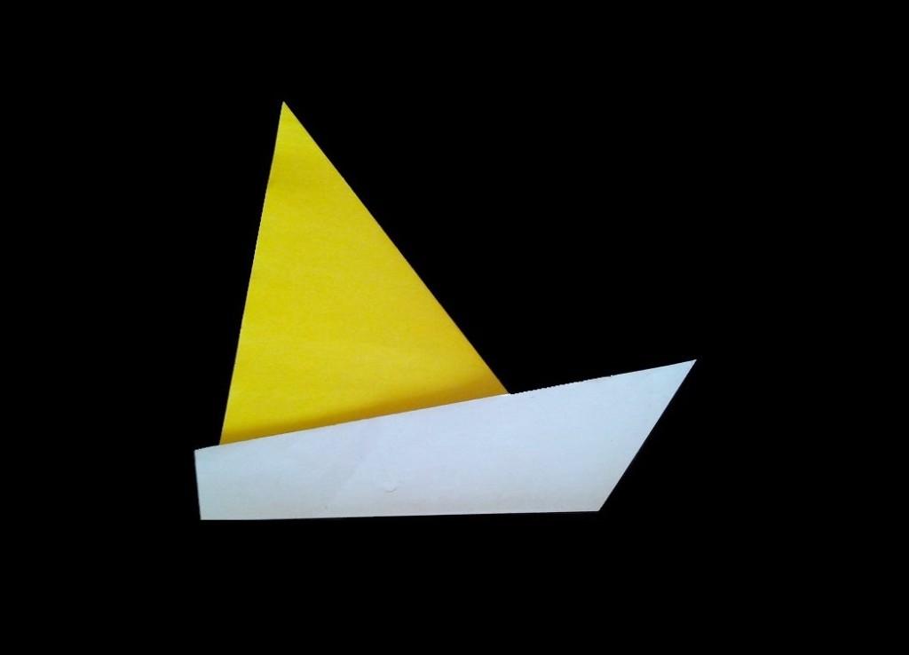 Простой парусник оригами