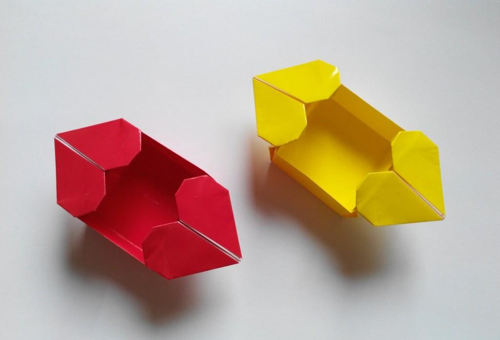 Коробочка с двумя сердечками