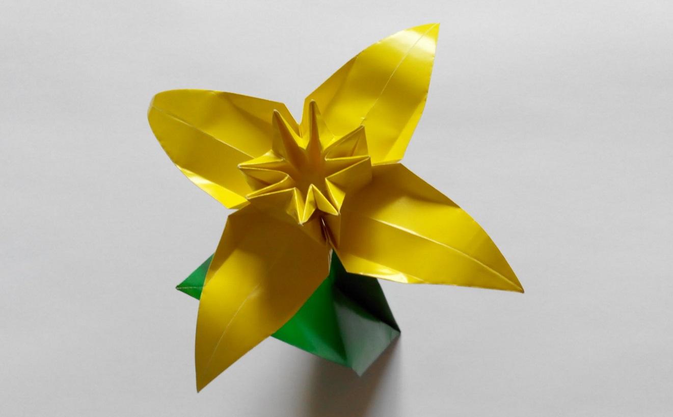 Как сделать розу из бумаги формата а4
