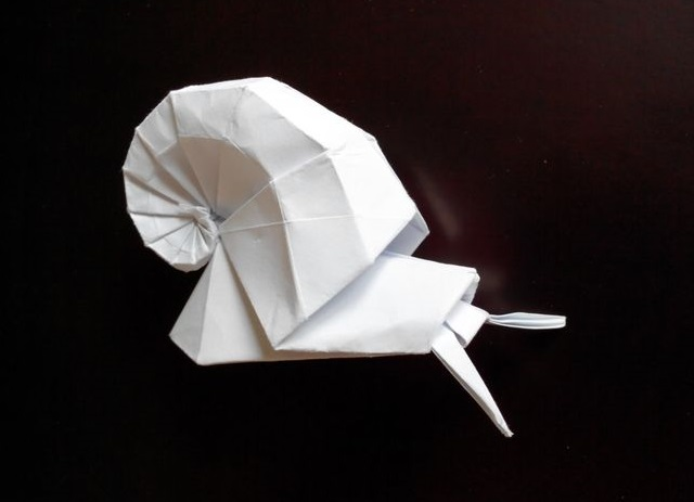 Улитка в ракушке оригами (Shiri Daniel)