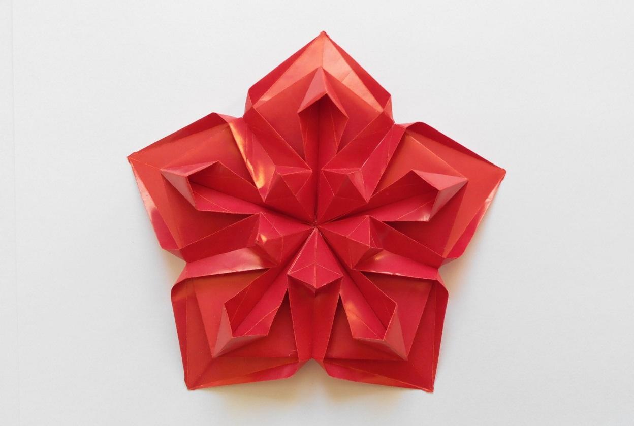 Красивая звездочка оригами (Алексей Жигулёв)