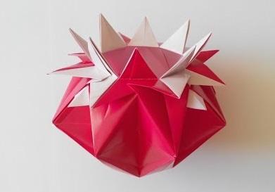 Ваза в виде звезды оригами