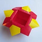 Коробочка интересная оригами