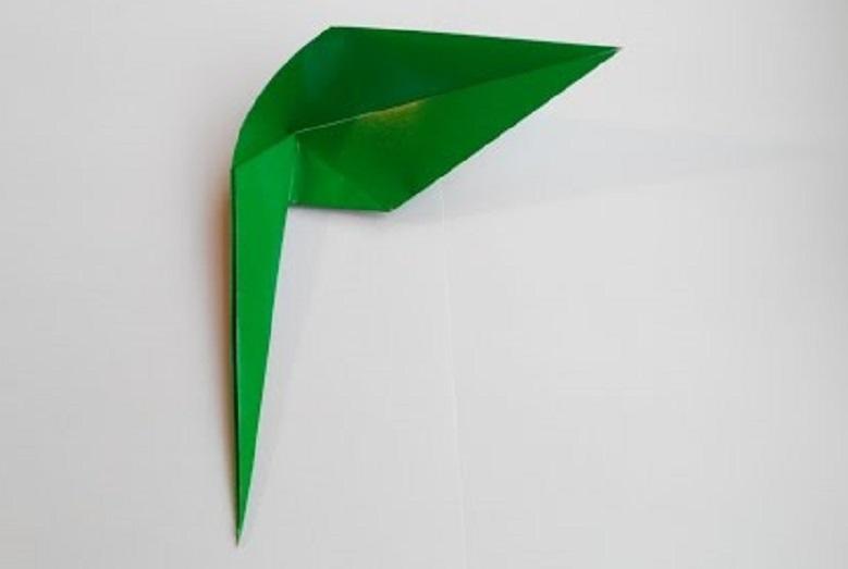 Стебель для цветка с листом оригами