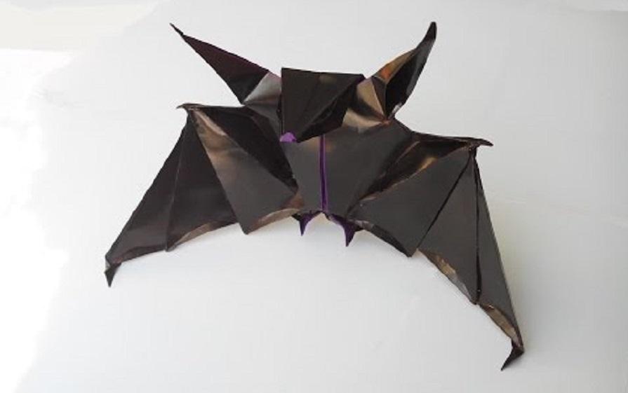 Красивая летучая мышь оригами (Andrea Mantler)