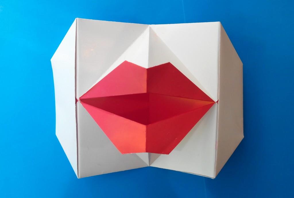 Говорящие губы оригами (Young-soon Lee)