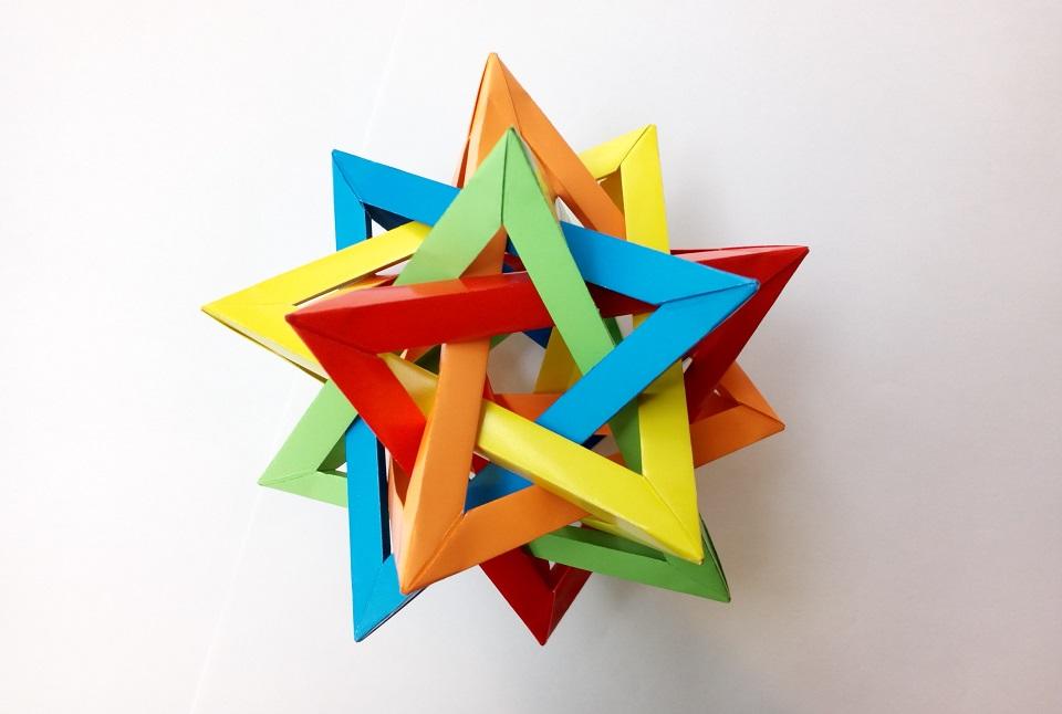 Пять тетраэдров оригами (Thomas Hull), Five Origami tetrahedrons