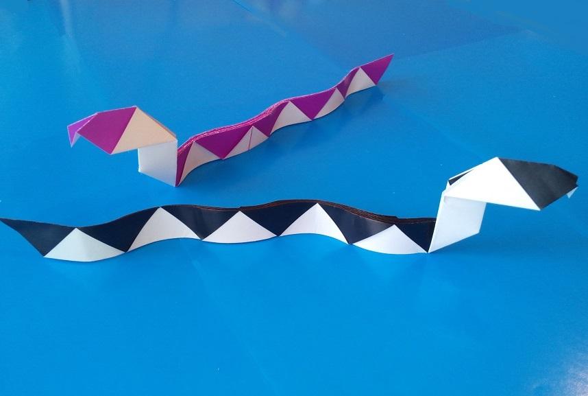 Как сделать змею оригами