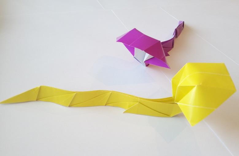 Кобра с капюшоном оригами11